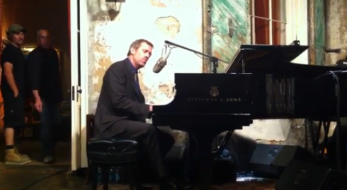 Hugh-Laurie-New-Orleans-1