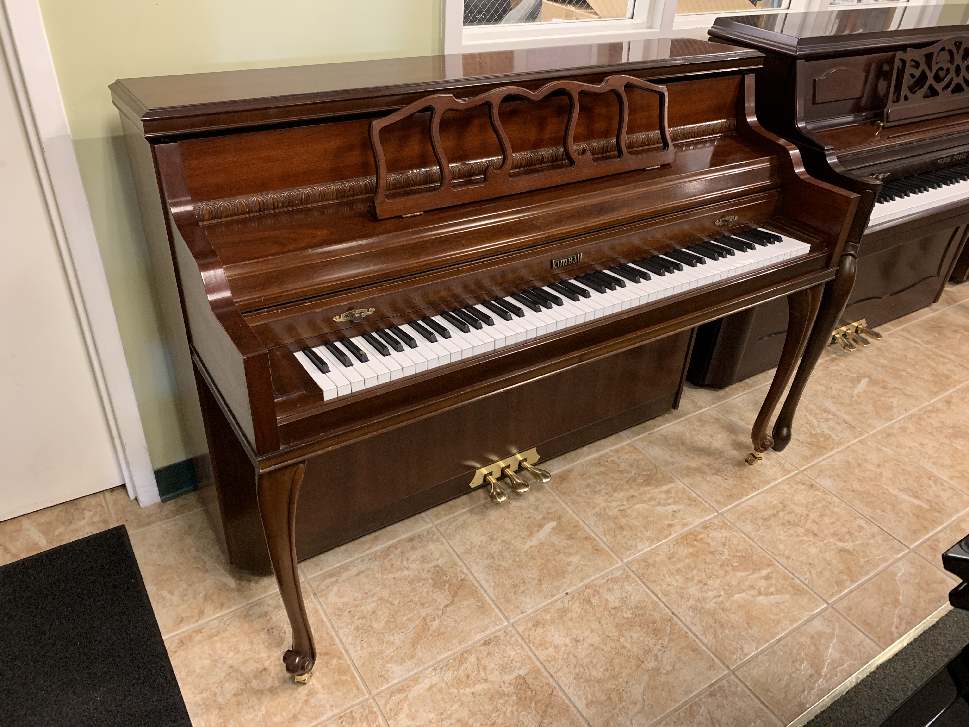 Quality Pre-Owned Pianos For Every Buyer | Hall Piano Company